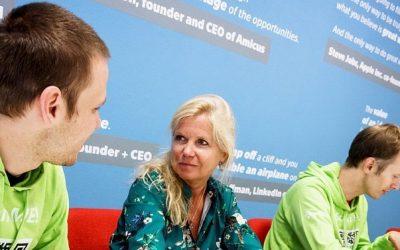 Ti nejlepší studenti ČVUT dokáží rozdělit čas mezi školu a firmu. Monika Dobiášová z InQbay vysvětluje v rozhovoru s Lupou.cz, jak funguje univerzitní inkubátor ČVUT